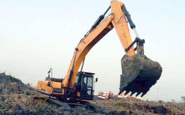 小挖掘机经营
